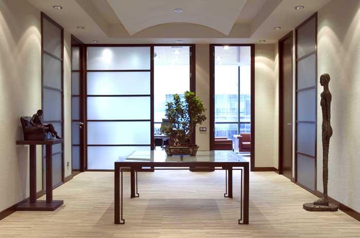 Interiorismo en oficina con plantas