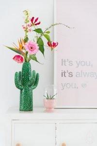 como decorar floreros con flores naturales