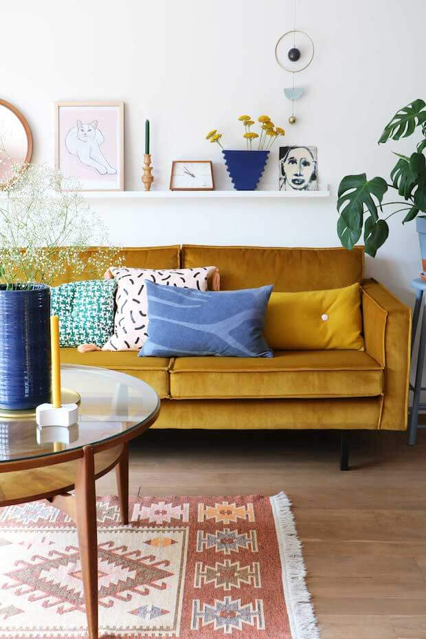 Amarillo mostaza y azul