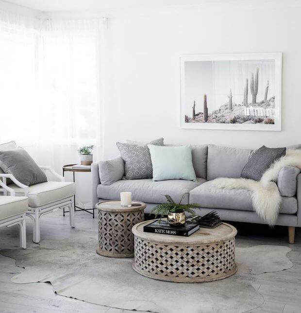 Como combinar cojines sofá gris