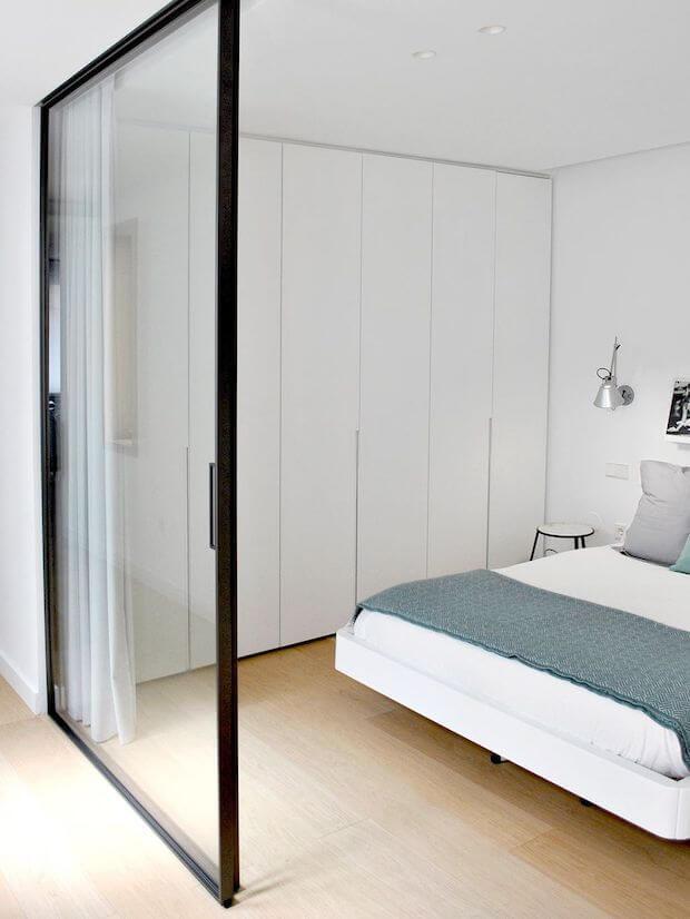 Reformando casas pequeñas: muros de cristal