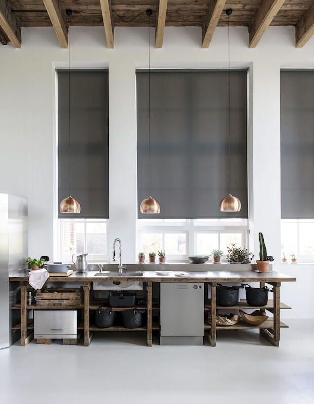 Tipos de cortinas verticales: estores enrollables en screen