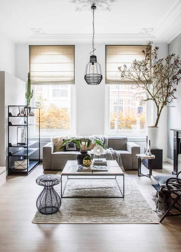 Estores plegables: tipos de cortinas para salón
