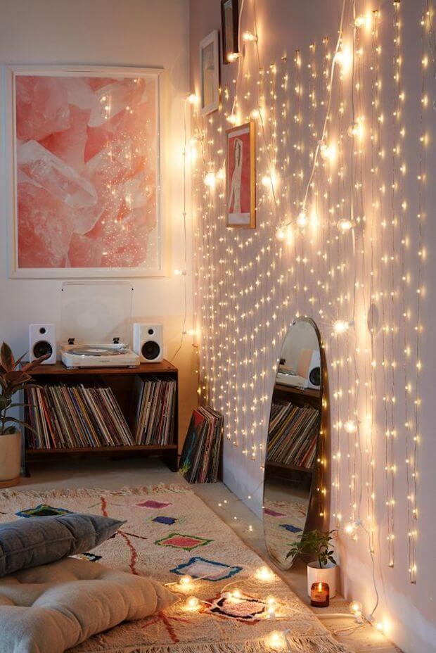 tendencias decoración navidad 2019: guirnaldad de luz