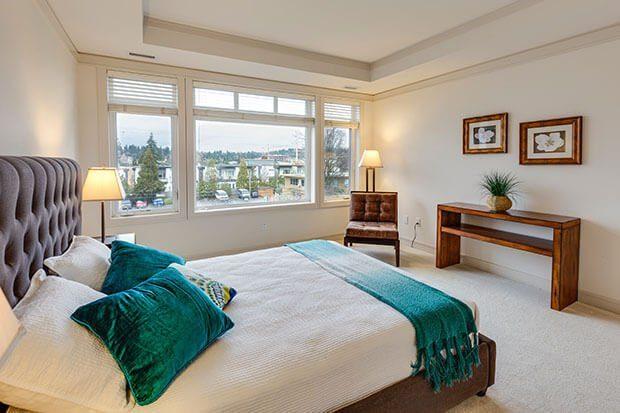 Dormitorio de estilo transicional
