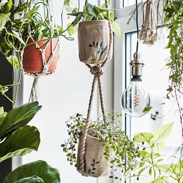 Cómo decorar mi casa con plantas y flores artificiales