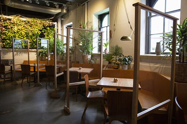 Separación entre mesas en el diseño de restaurantes como medidas frente al Covid