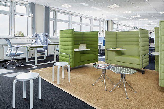 Muebles en bloque en el diseño de oficinas y Covid